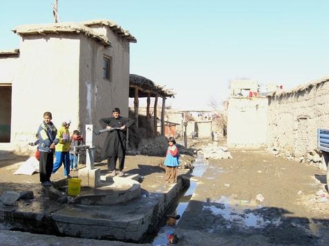 Pompe à eau à Kakara