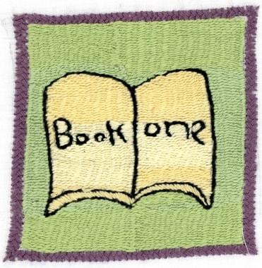 Auf den Dörfern und unter den Stickerinnen wächst ein Bewusstsein für das Lesen und die Schule. Stickerei von Sherifa
