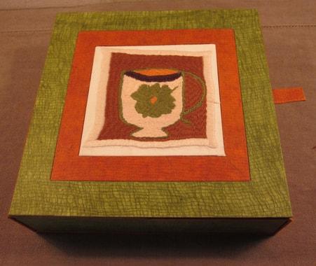 boite à sachets de thé de Marie-Hélène Declercq, F