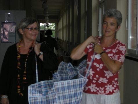 Erste Ausstellung: wir gehen nach Berlin zur Textile Art Berlin. Uschi Brenner und Gudrun Seng