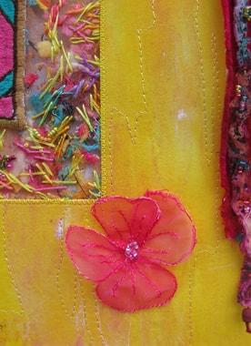 """Textilarbeit von Isabelle Wiessler """"Hand in Hand"""", Detailansicht"""
